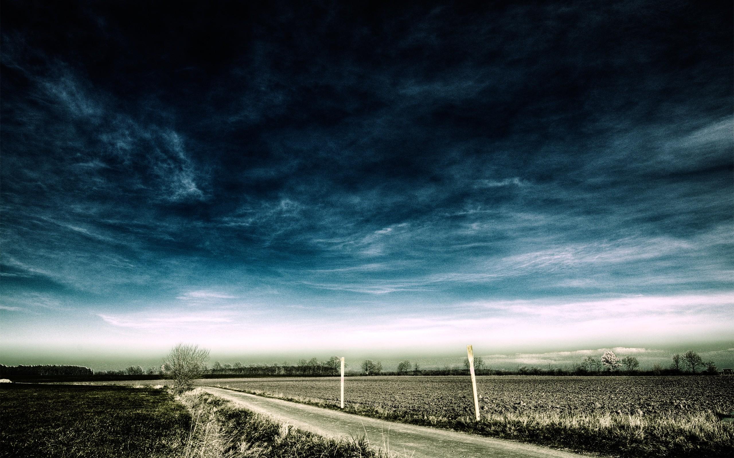 Stormy Deserted Road desktop wallpaper