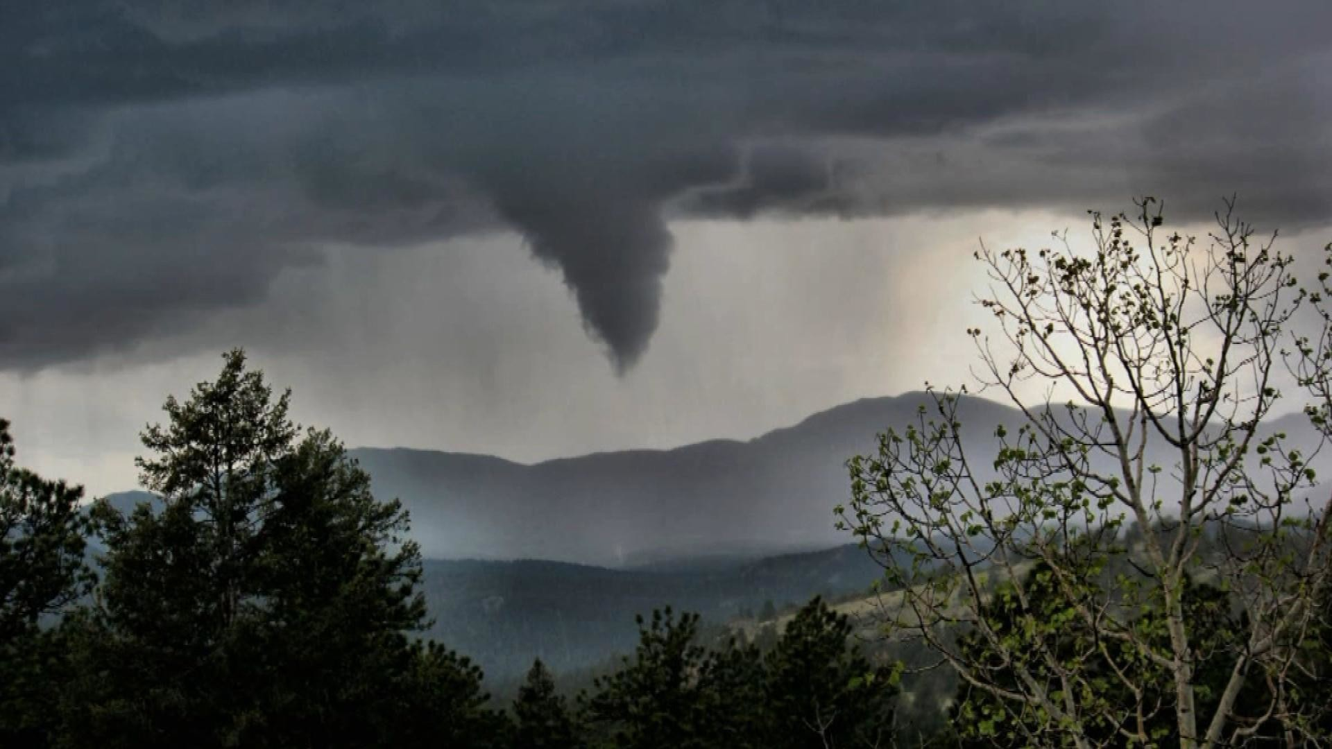 cool tornado storm rain disaster nature sky hd background wallpaper