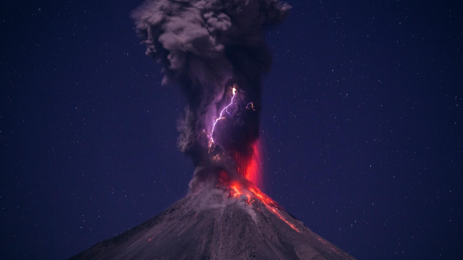 Preview wallpaper volcano, eruption, lightning, sky 1920×1080