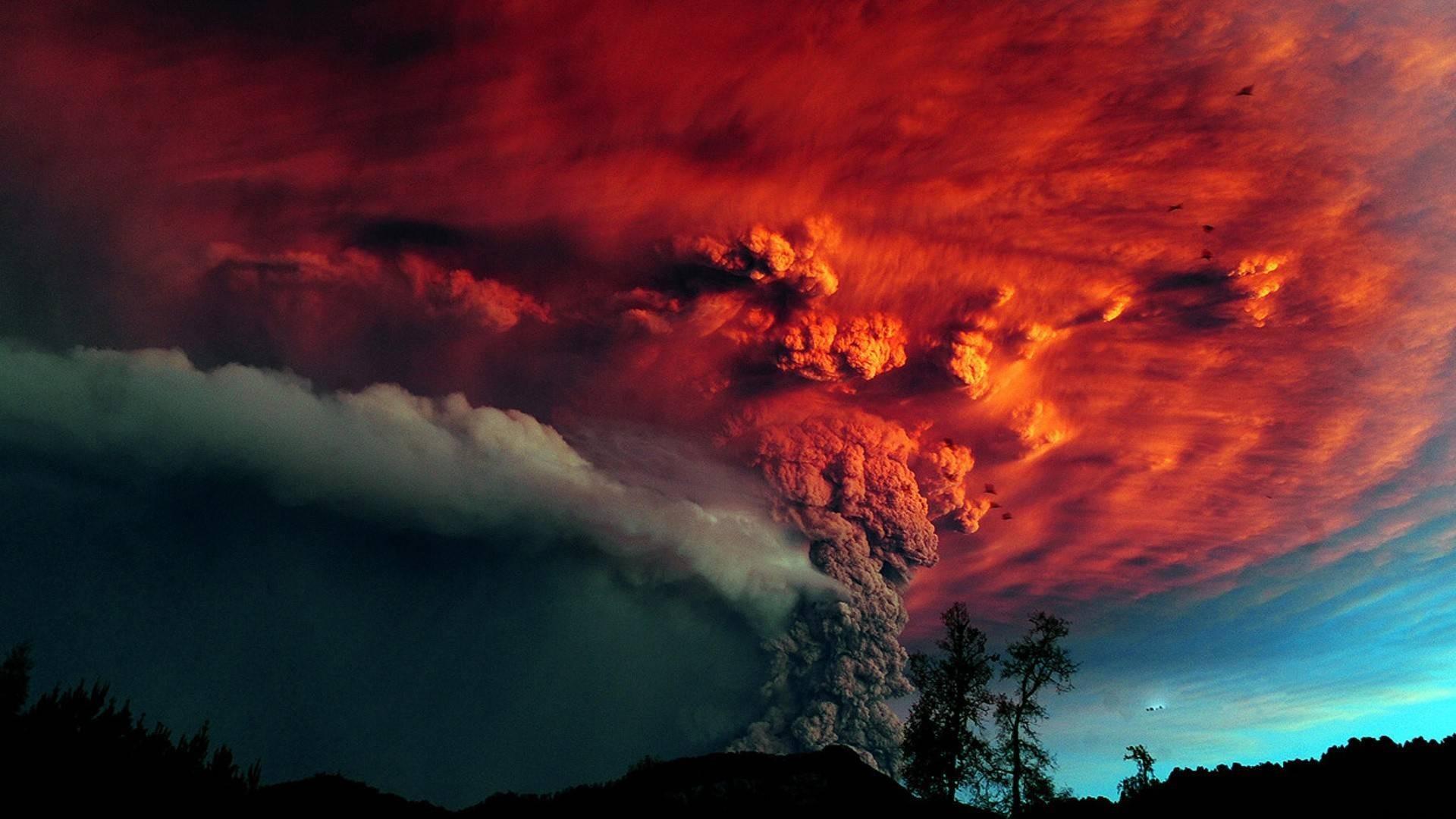 Hd Volcanic Lightning Wallpaper