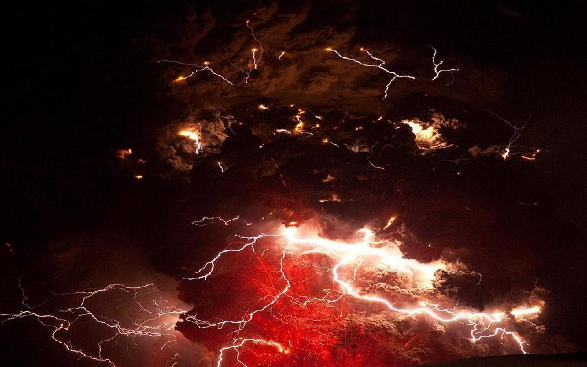 Volcano lightning – (#63759) – High Quality and Resolution .