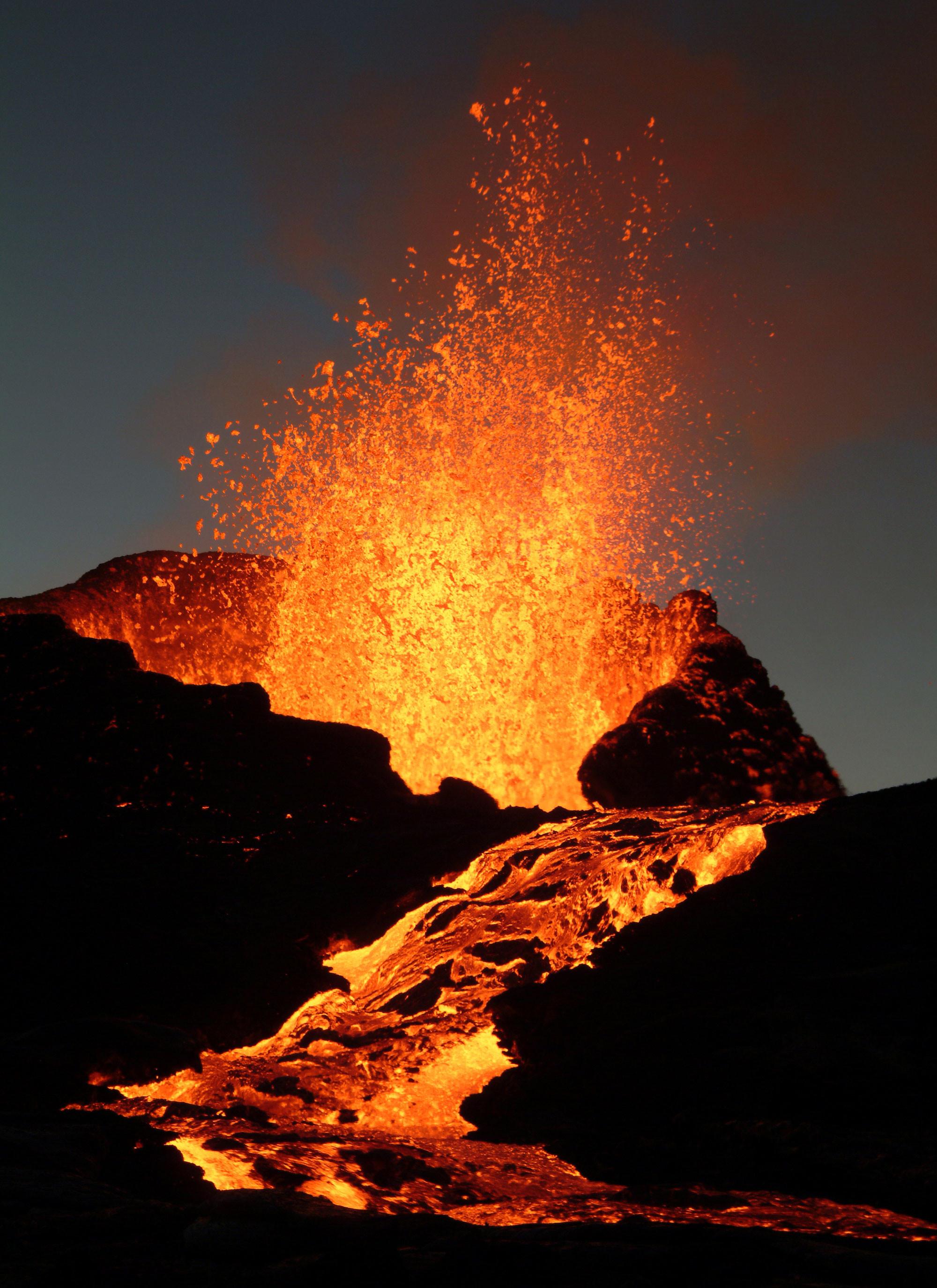 86 best Erupting Volcanoes images on Pinterest   Volcanoes, Erupting volcano  and Lava