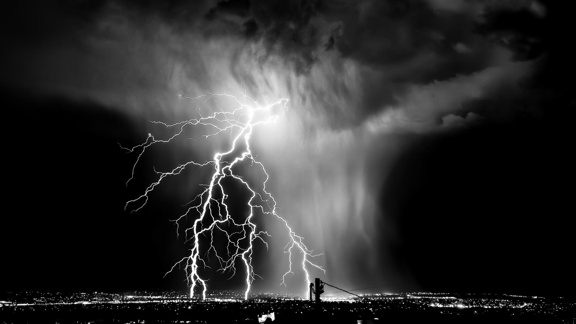Black and White Lightning Hd
