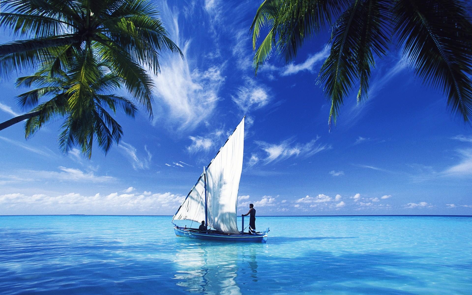 Sailing Over Indian Ocean