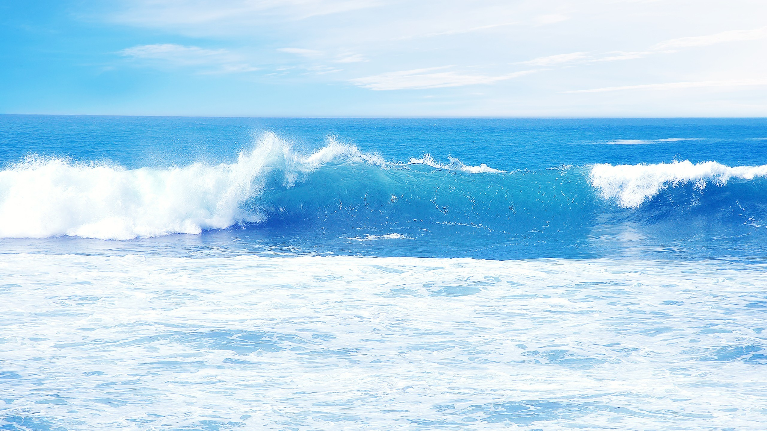 Nature / Waves Wallpaper