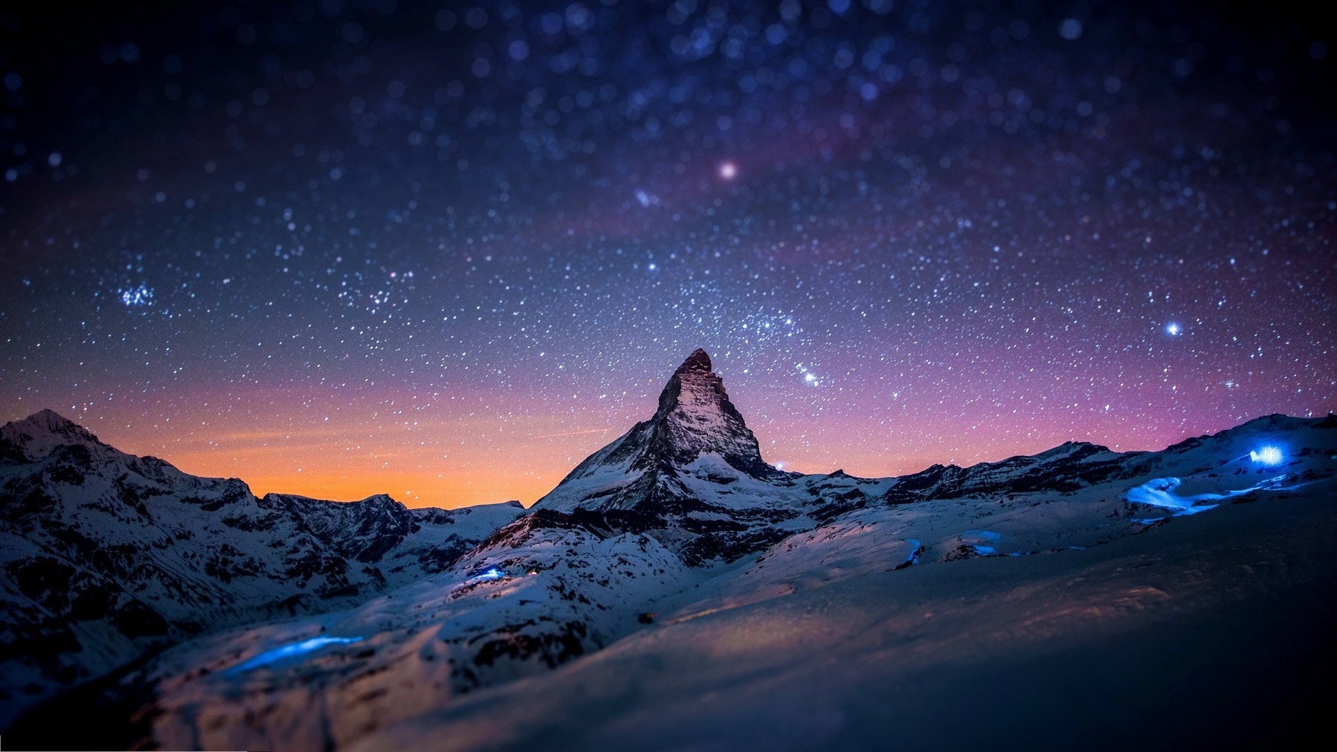 Beautiful Mountain in Night Wallpapers HD Pictures.