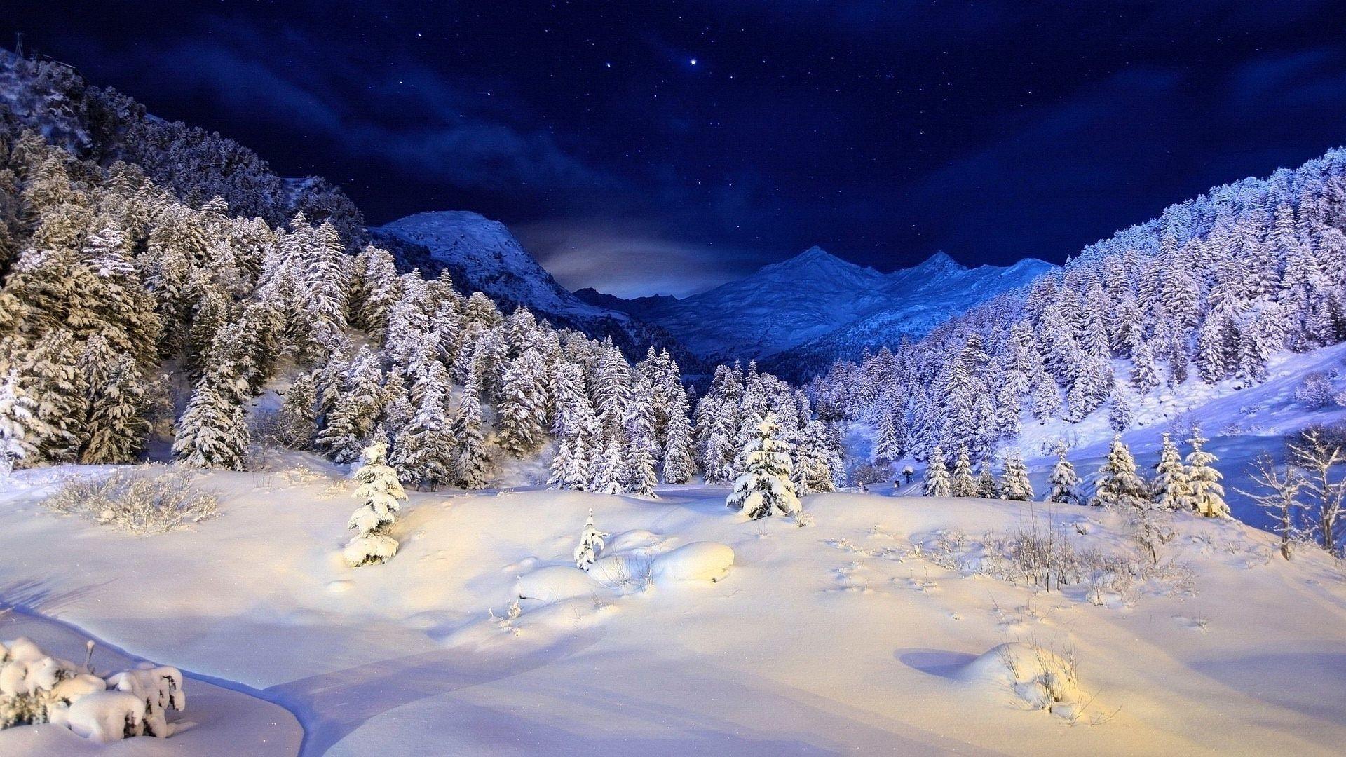 Night Winter Mountain Scenes