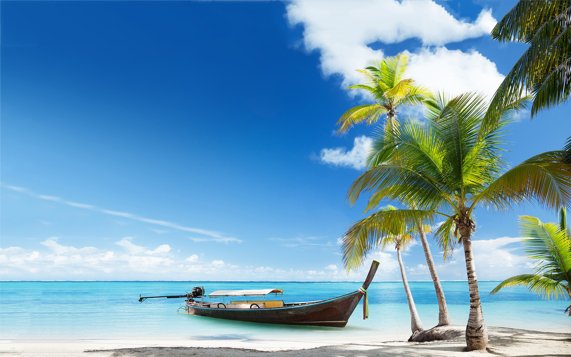 Free Beach Screensavers And Wallpapers Boat On Tropical Beach photos .