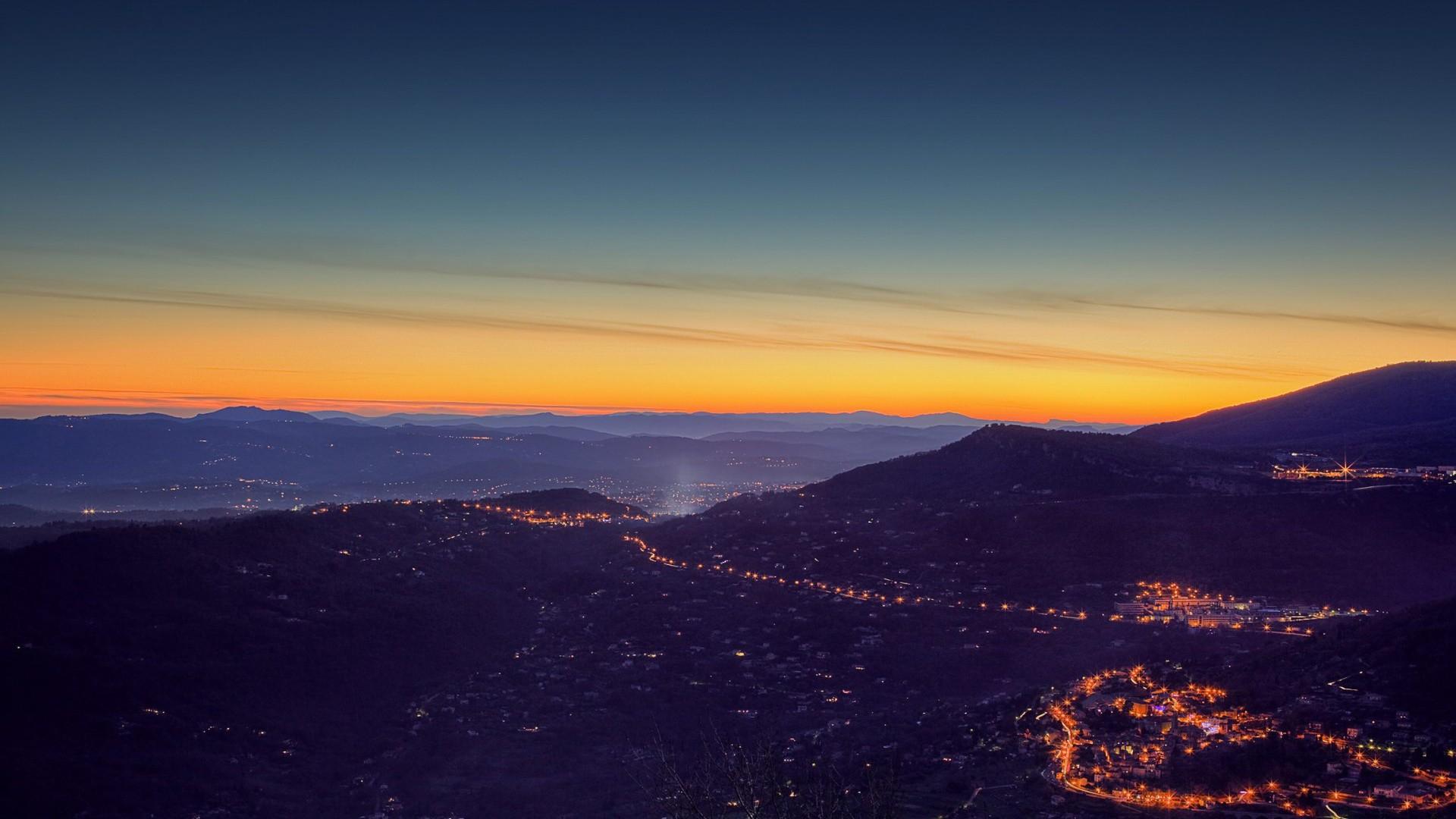 Pretty Evening Valley Sunset