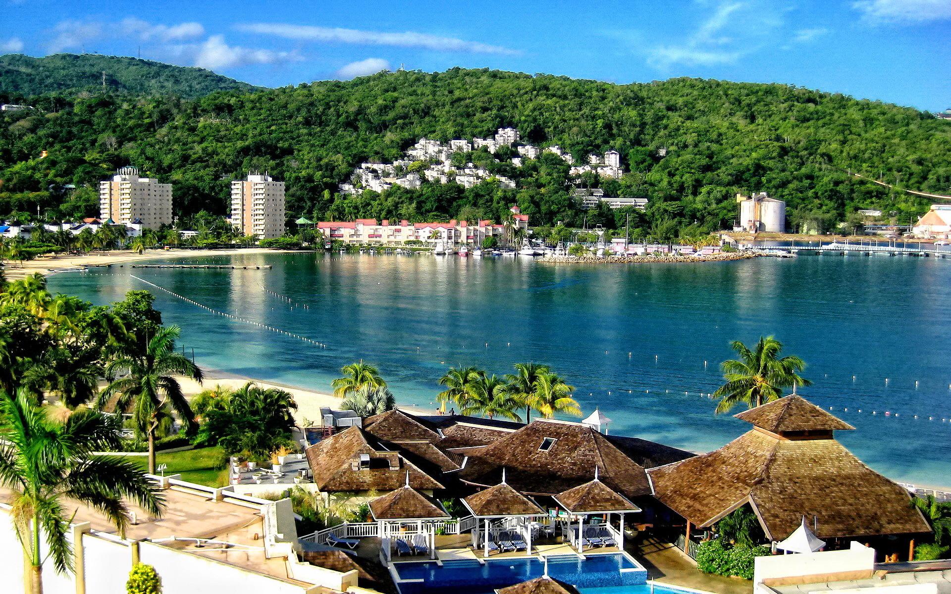 Tropical Beach Resort Free Wallpapers D2W – HD Wallpaper Desktop .