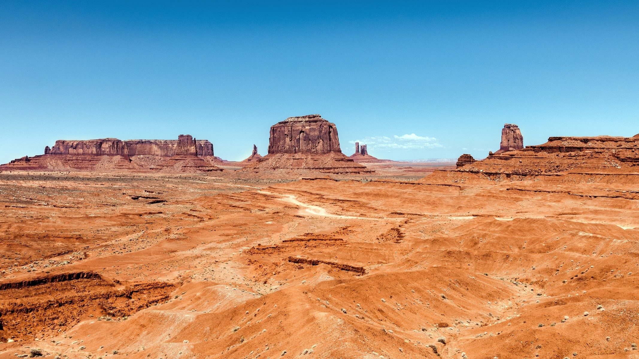 monument valley monument valley mountain sky sand desert utah arizona  united states monument valley monument valley
