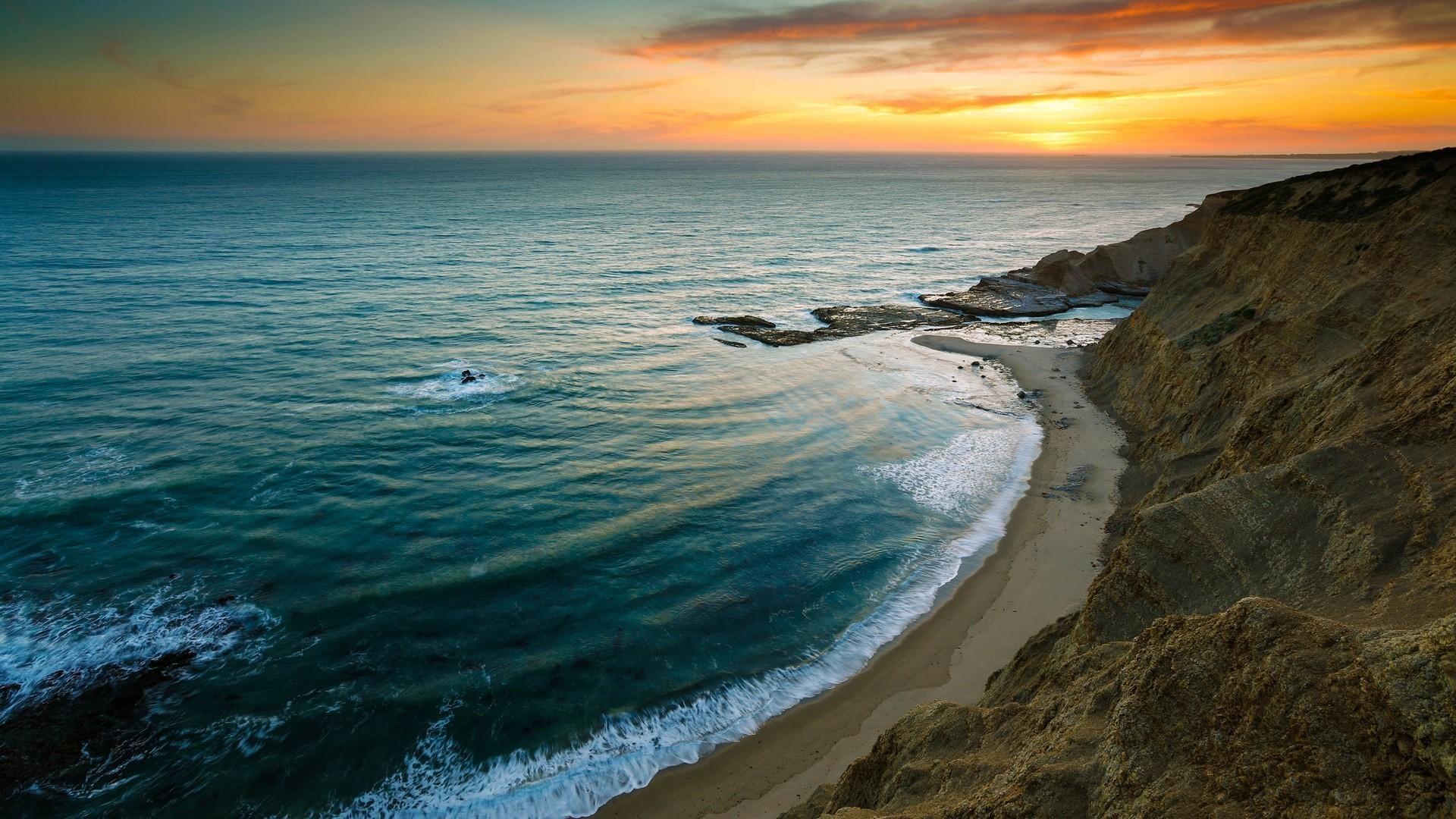 Sunset at the Beach HD Wallpaper. « »