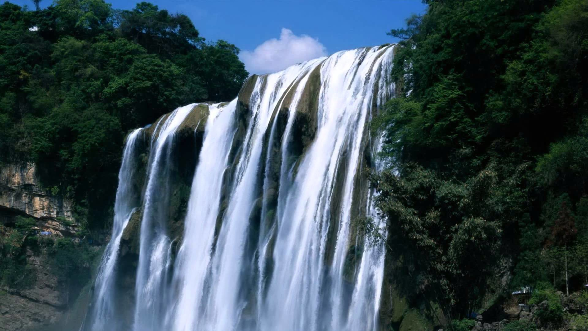 Animated Waterfall for Tablets