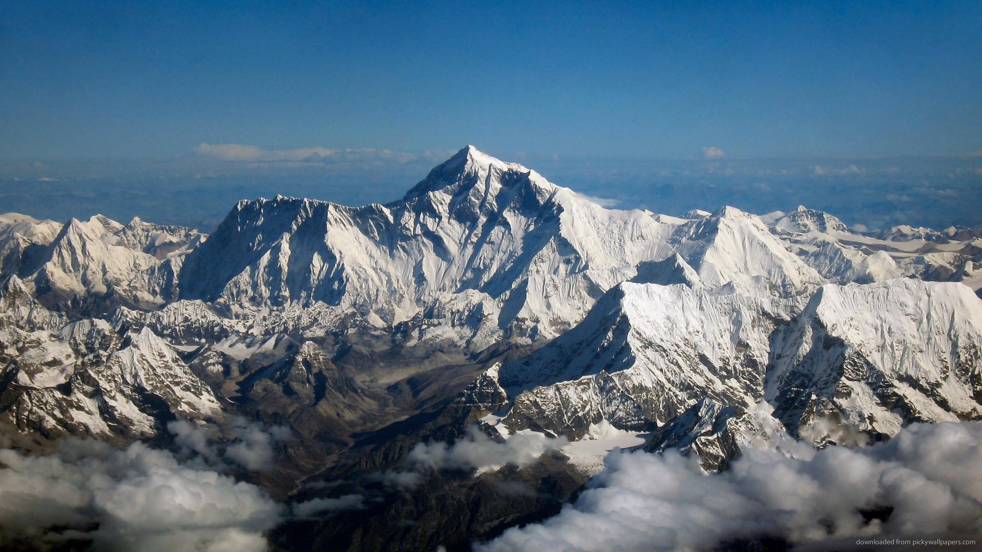 HD Mount Everest wallpaper