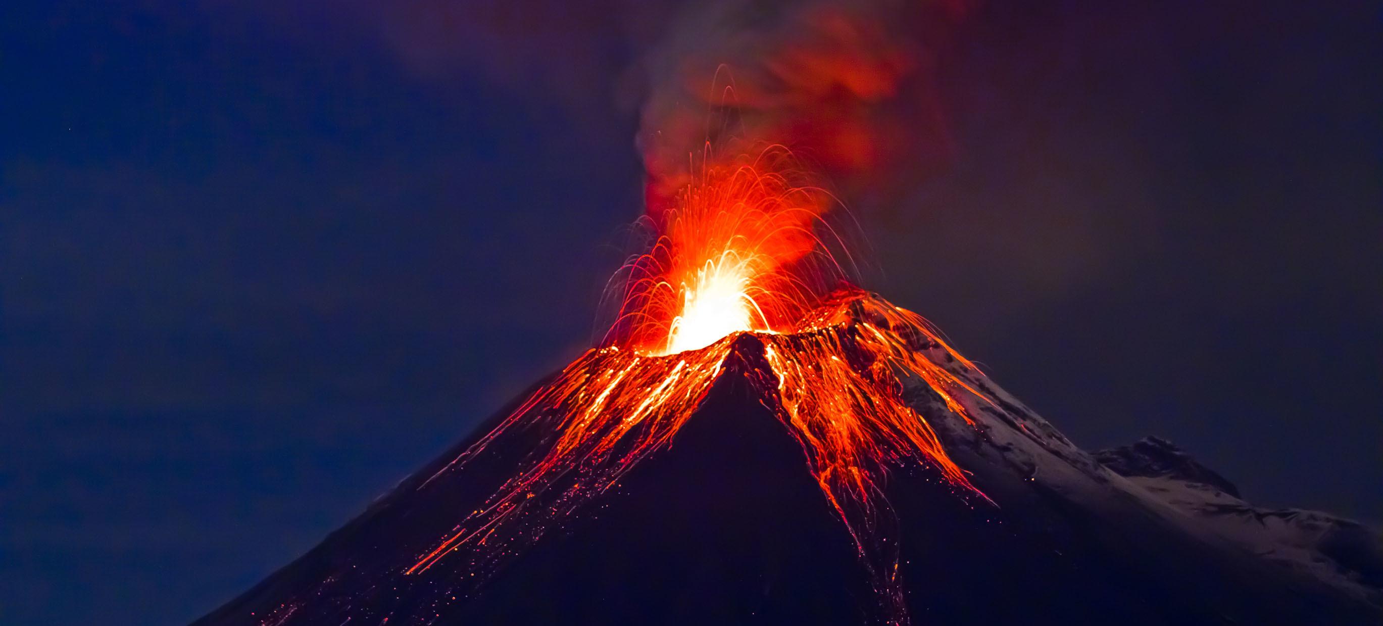 4K Volcanoes Desktop Wallpaper HD