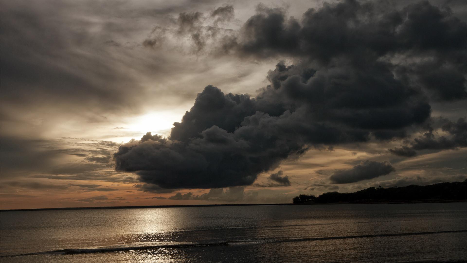 storm clouds desktop wallpaper 10370