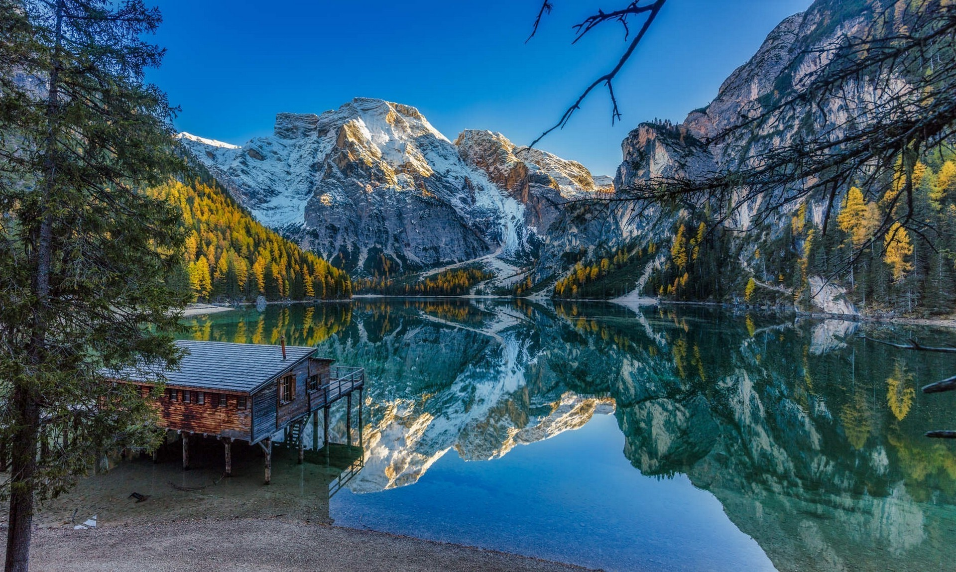 nature, Landscape, Lake, Fall, Mountains, Forest, Blue, Sky, Water, House,  Reflection, Alps, Italy Wallpapers HD / Desktop and Mobile Backgrounds