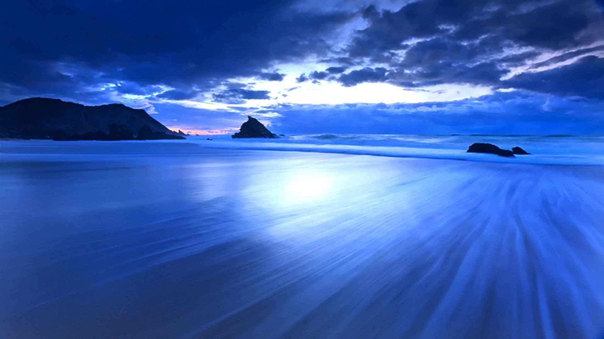 Blue Ocean Wallpaper HD