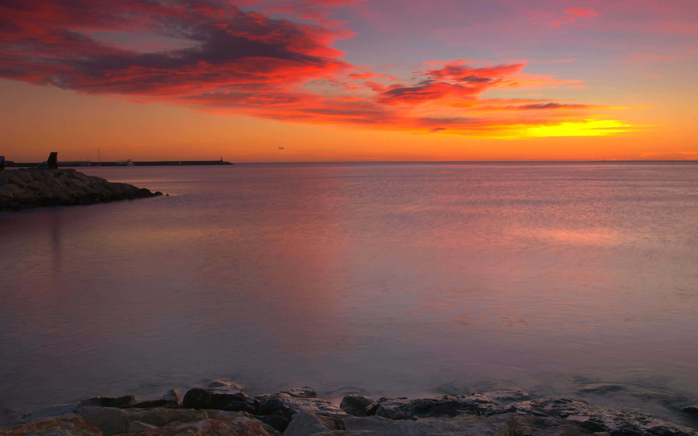 4K HD Wallpaper: Sunset Reflected in Ocean