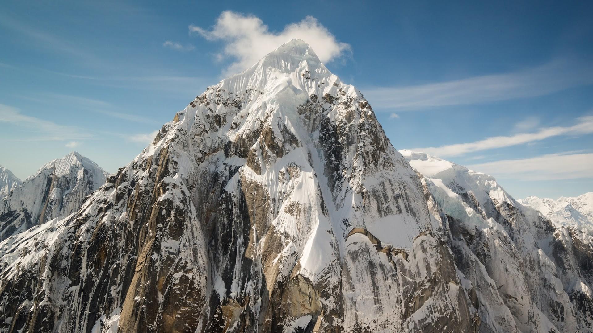 4K HD Wallpaper 2: Alaska. Snow. Mountain Peaks