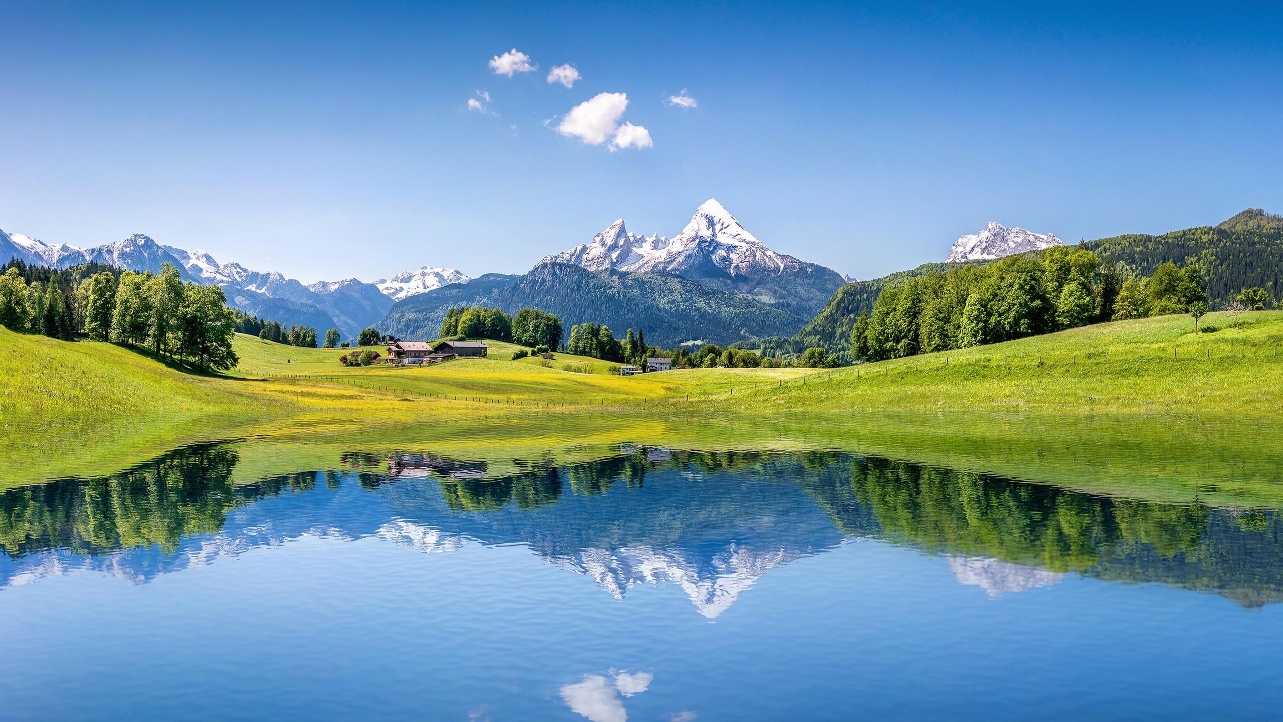 Nature / Summer mountains Wallpaper