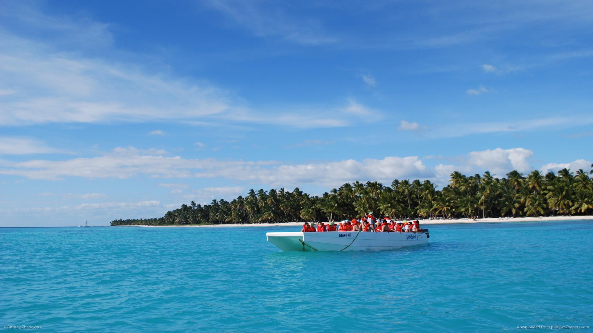Dominican Republic boat for 1920×1080