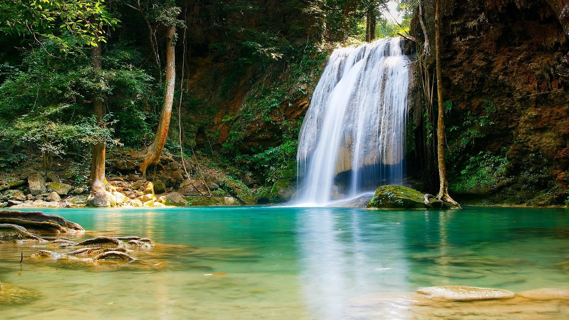 Nature Mountain Water Fall wallpapers background.