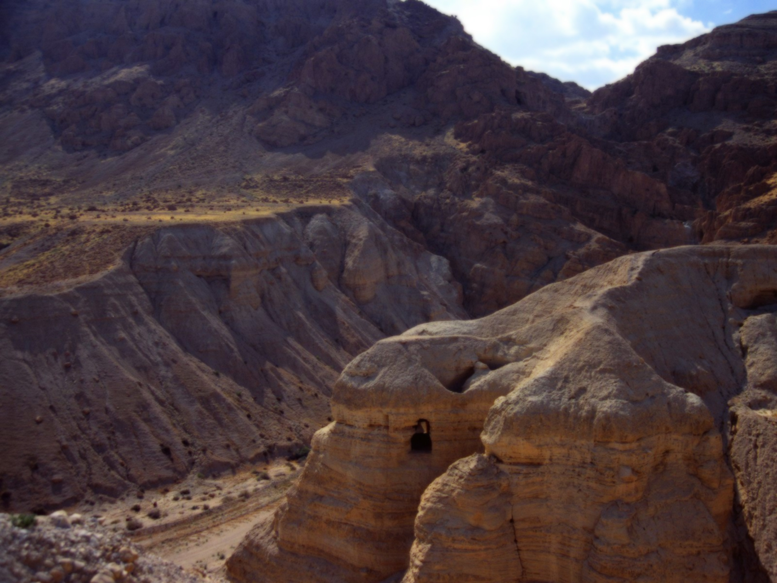 Cave Of The Dead Sea Scrolls Qumran Cave 4 Israel