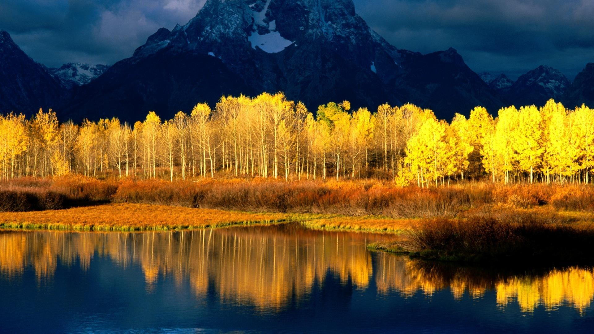 Refelction Clouds Forest Autumn Mountain Sunshine Water Live Wallpaper For  Pc