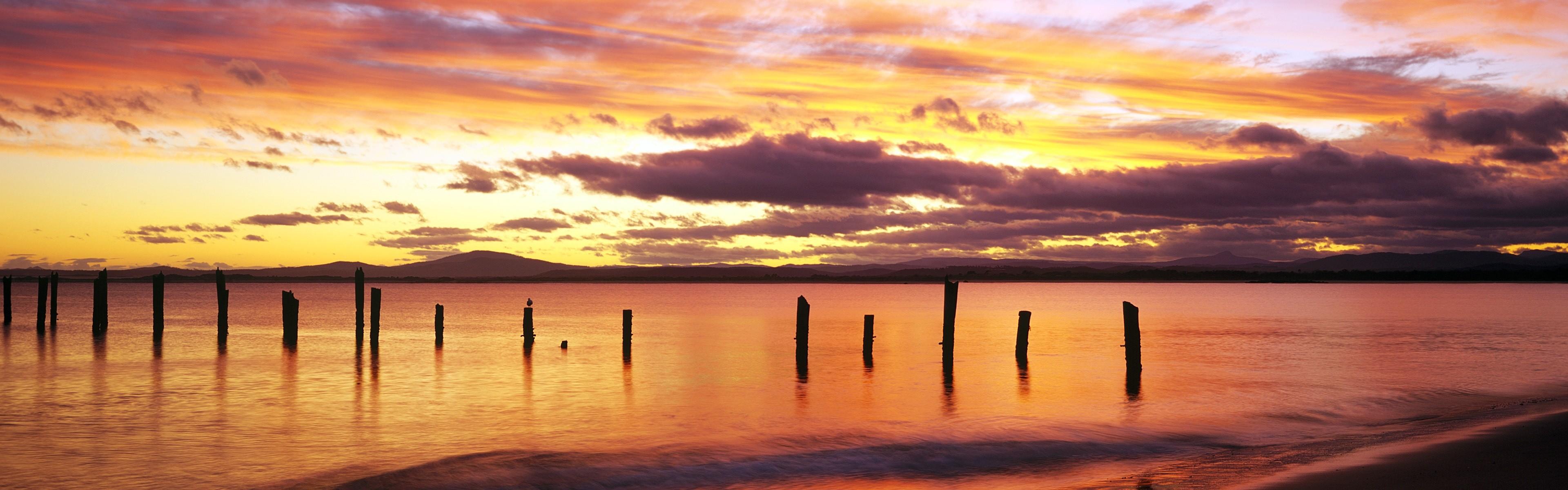 Beautiful beach sunset, Windows 8 panoramic widescreen wallpapers #7 –  3840×1200.
