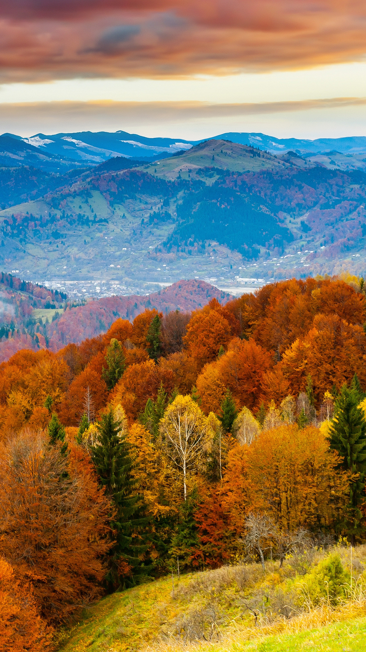 fall-mountain-red-9-wallpaper
