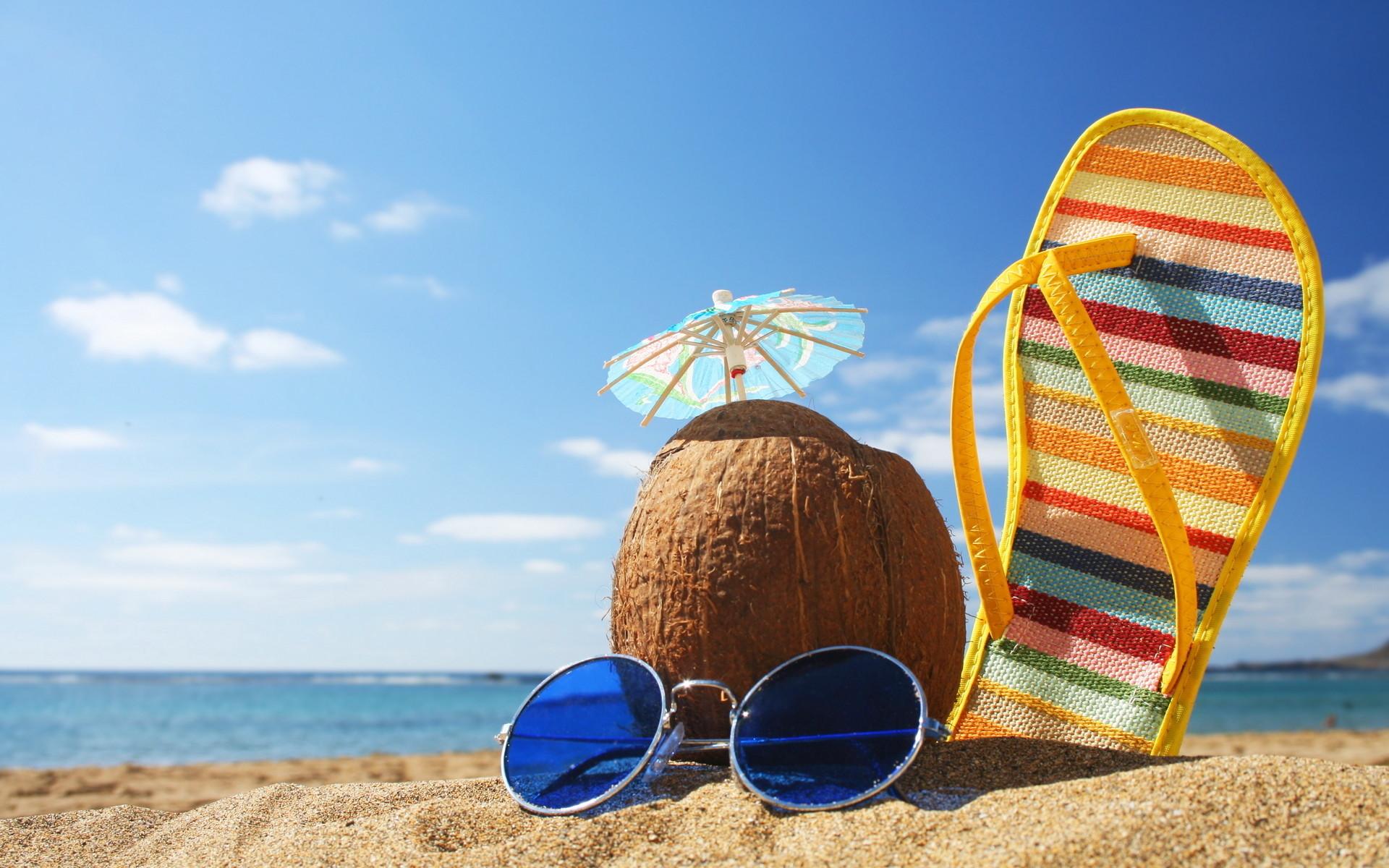 Beach · Sunny Beach Vacation Free Desktop Wallpaper X