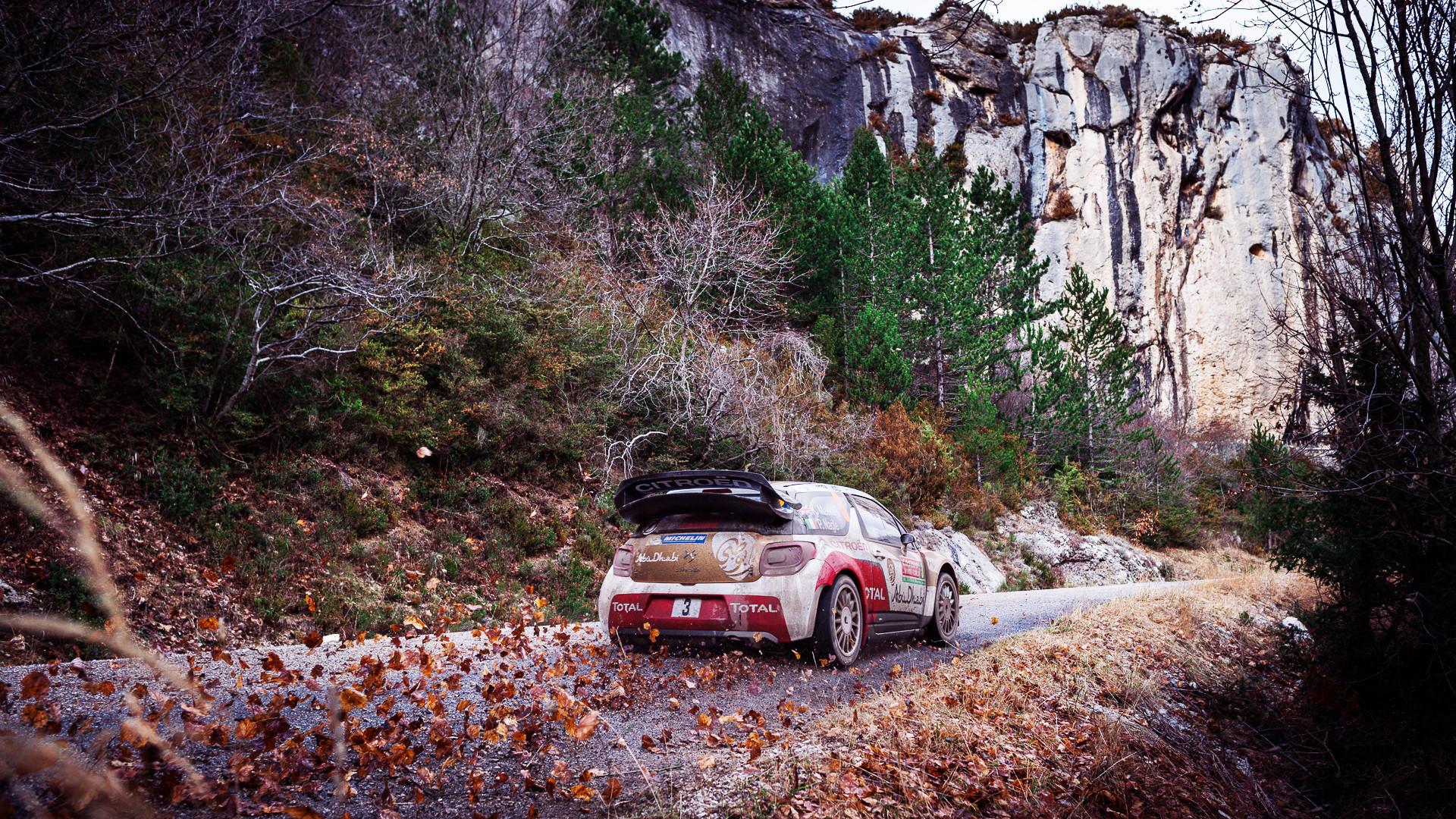 … citroen ds3 autumn stickers falling leaves mountain liftback italy …