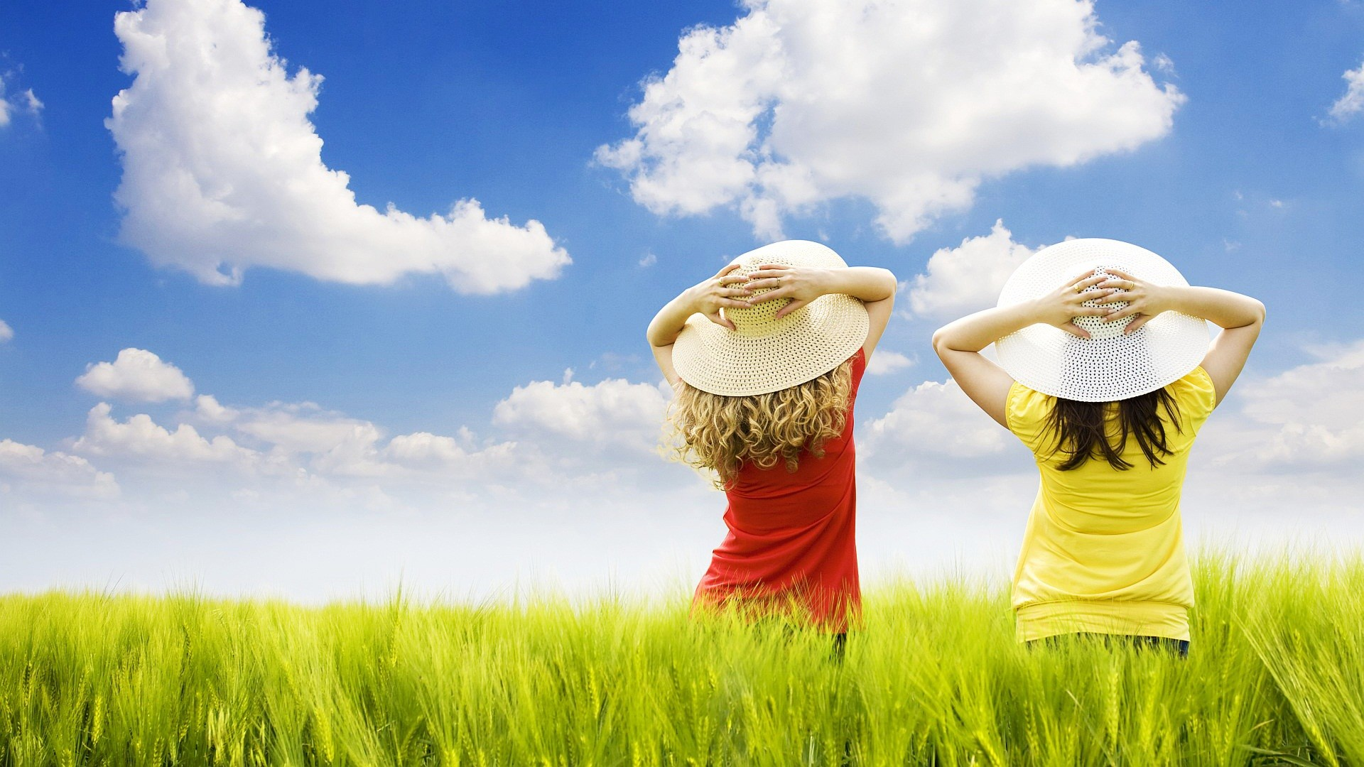 Free Wallpapers – two girls standing in the field wallpaper
