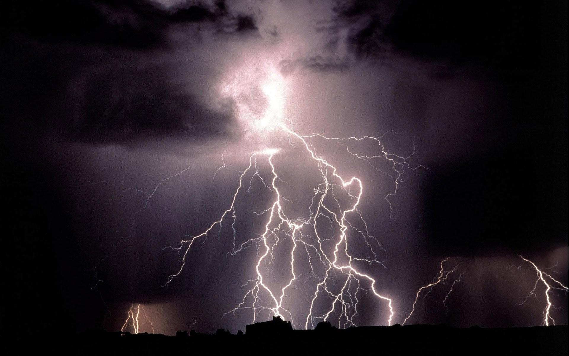 Lightning Bolt 351785 …