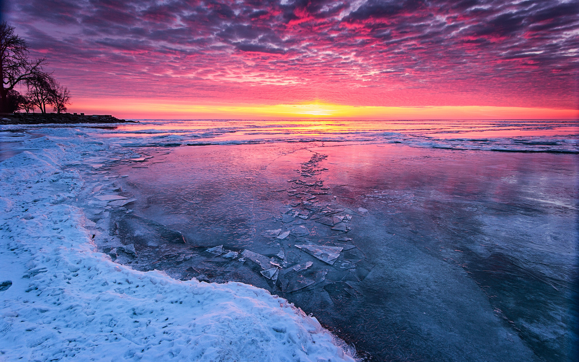 Previous: Beautiful Ice Winter Lake …