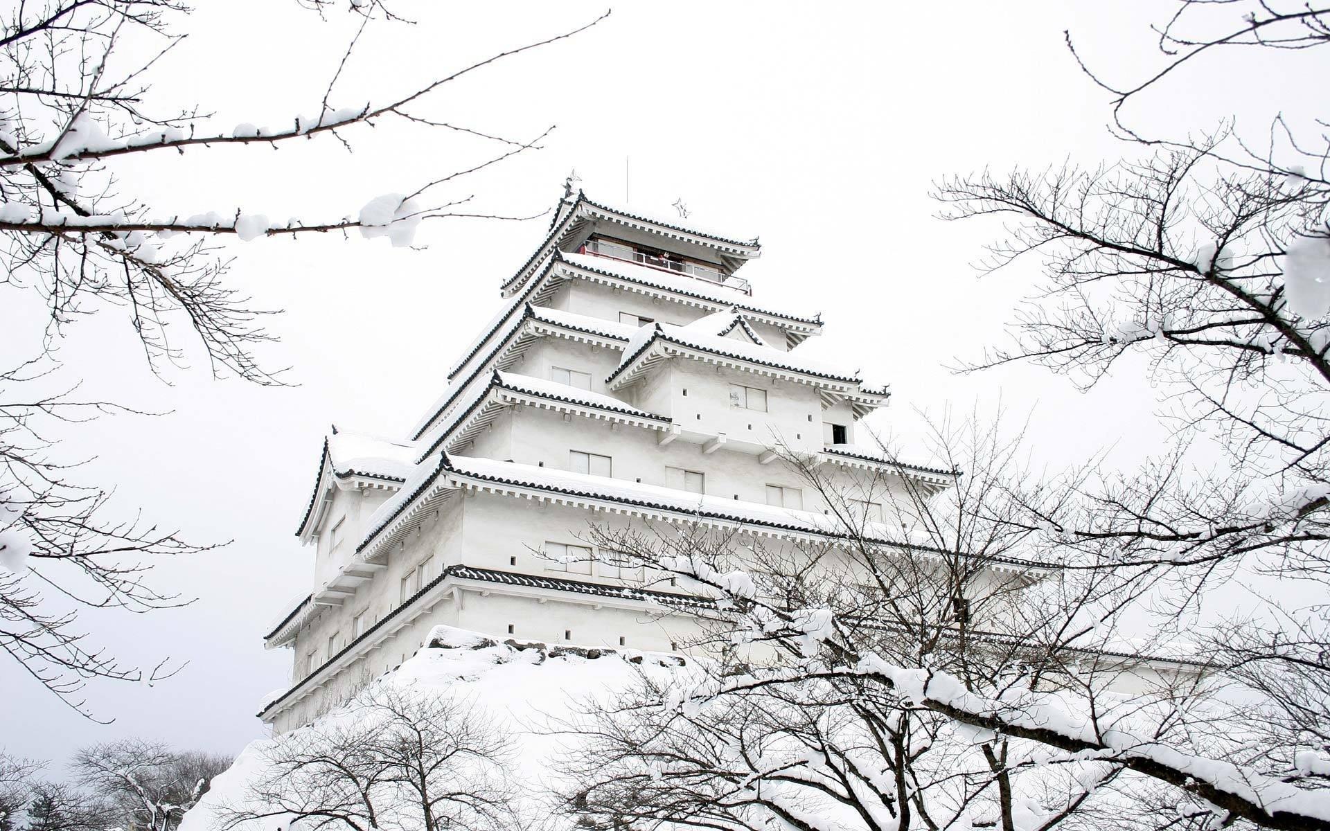 japan castle snow winter supplies