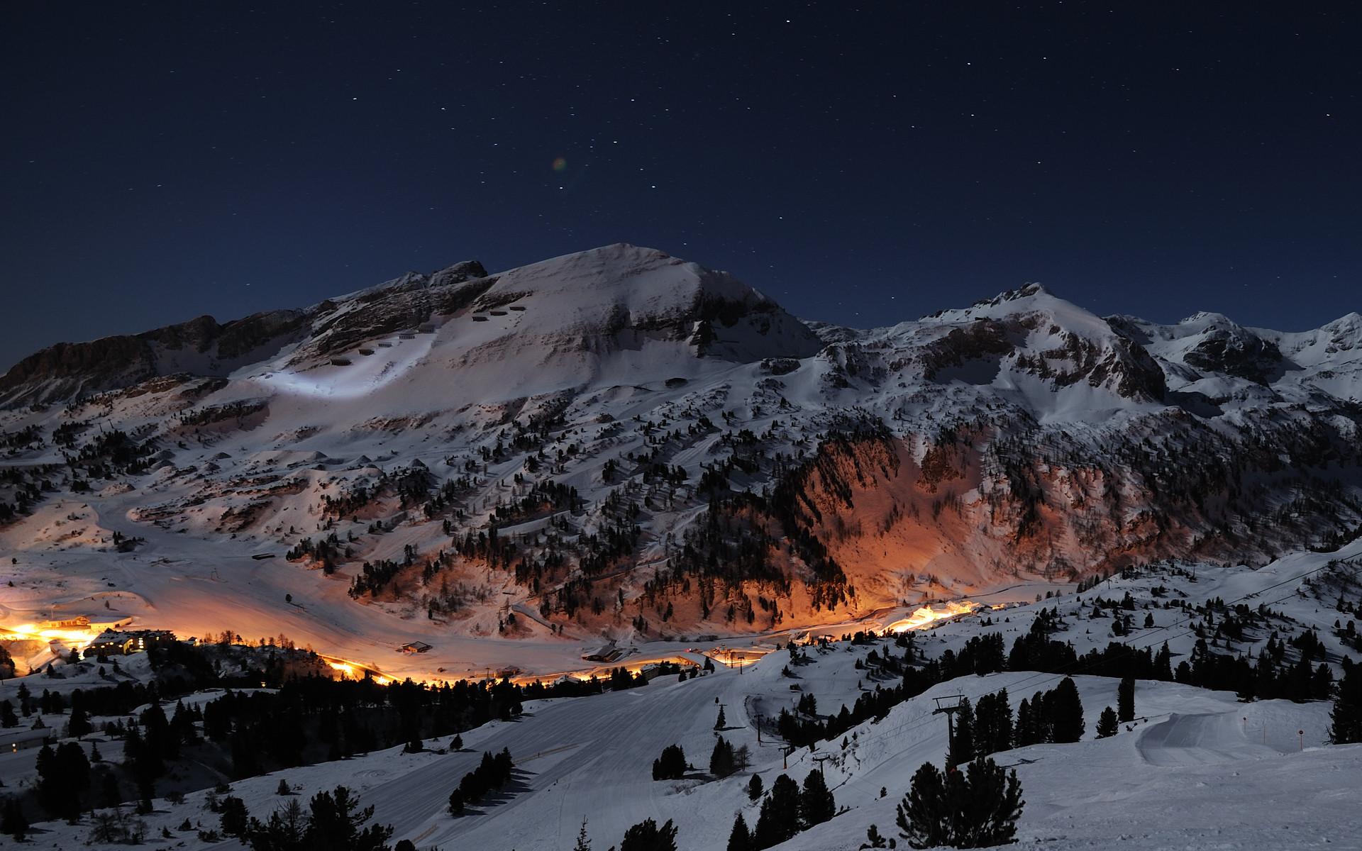 Snowy Mountains Wallpaper 3446