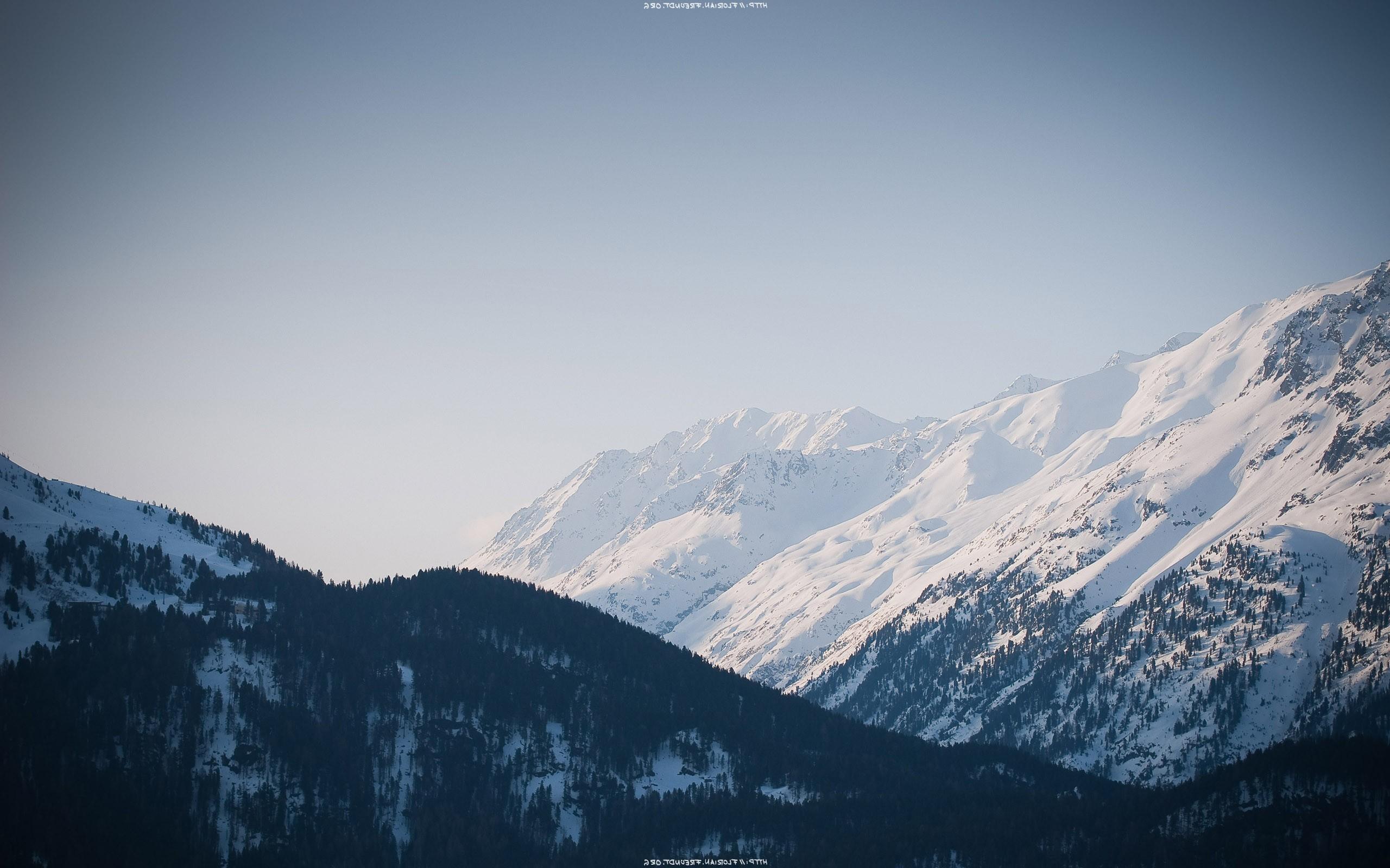 … Snowy mountain range HD Wallpaper 2560×1600