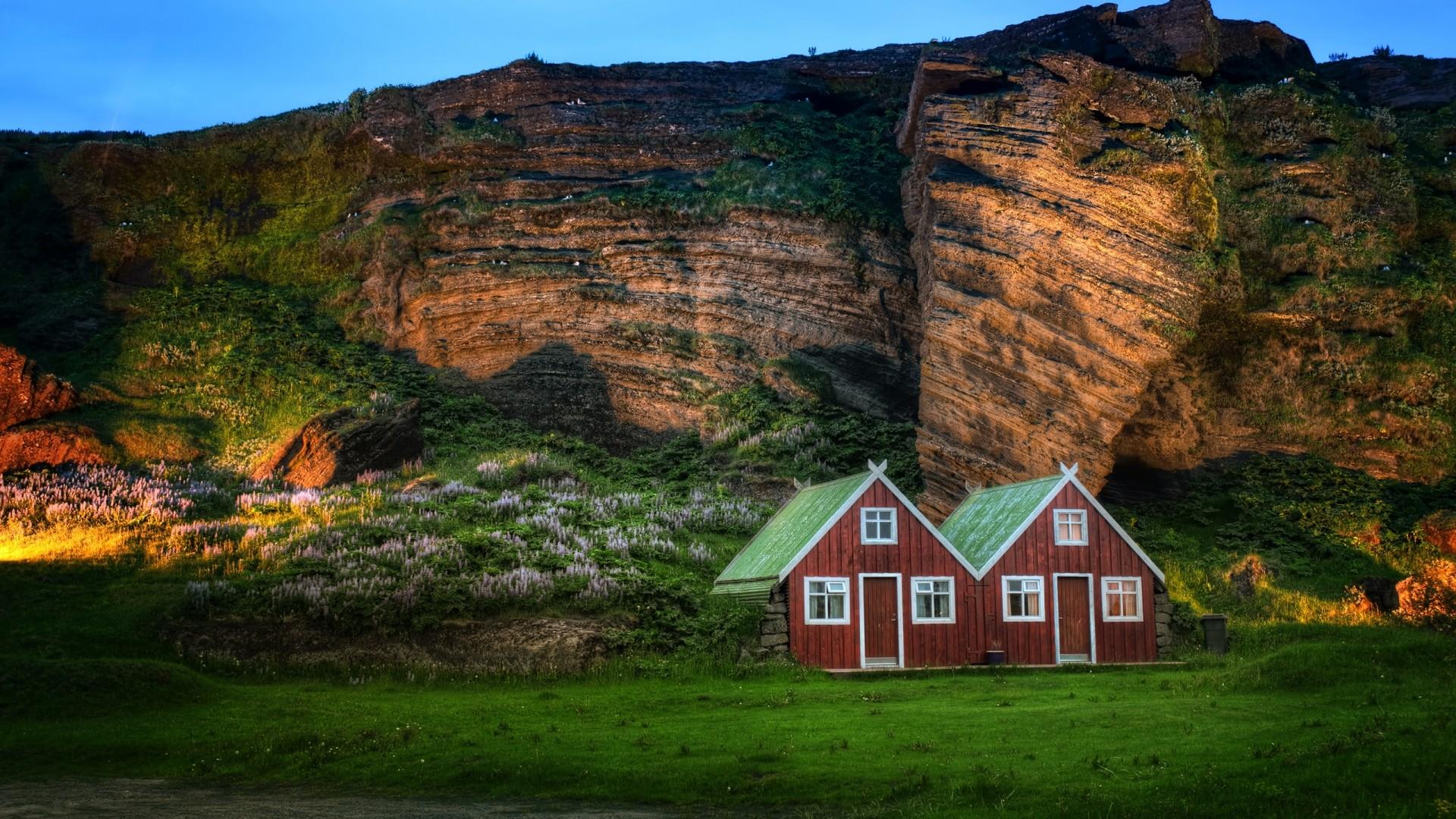 Wallpaper iceland, mountain, rock, lodges, light, meadow