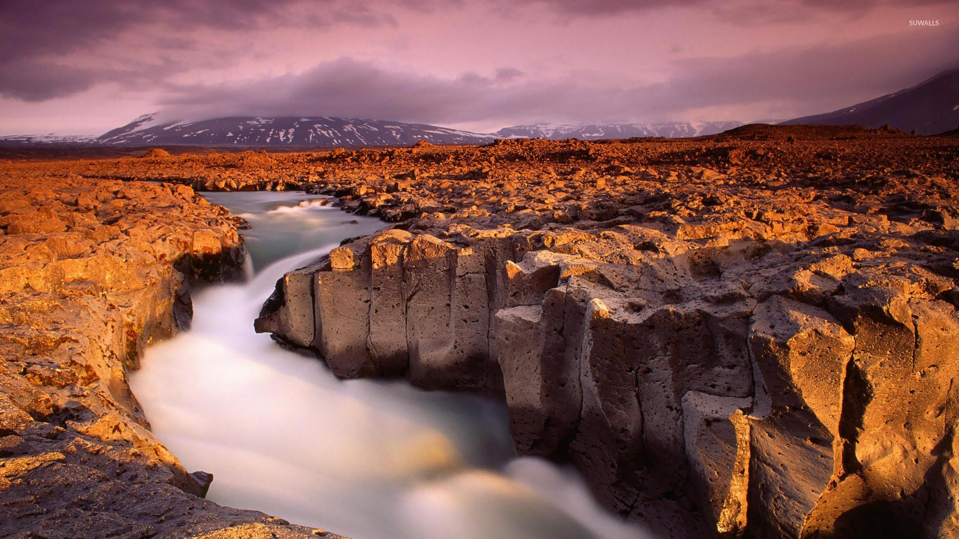 Kaldidalur, Iceland wallpaper