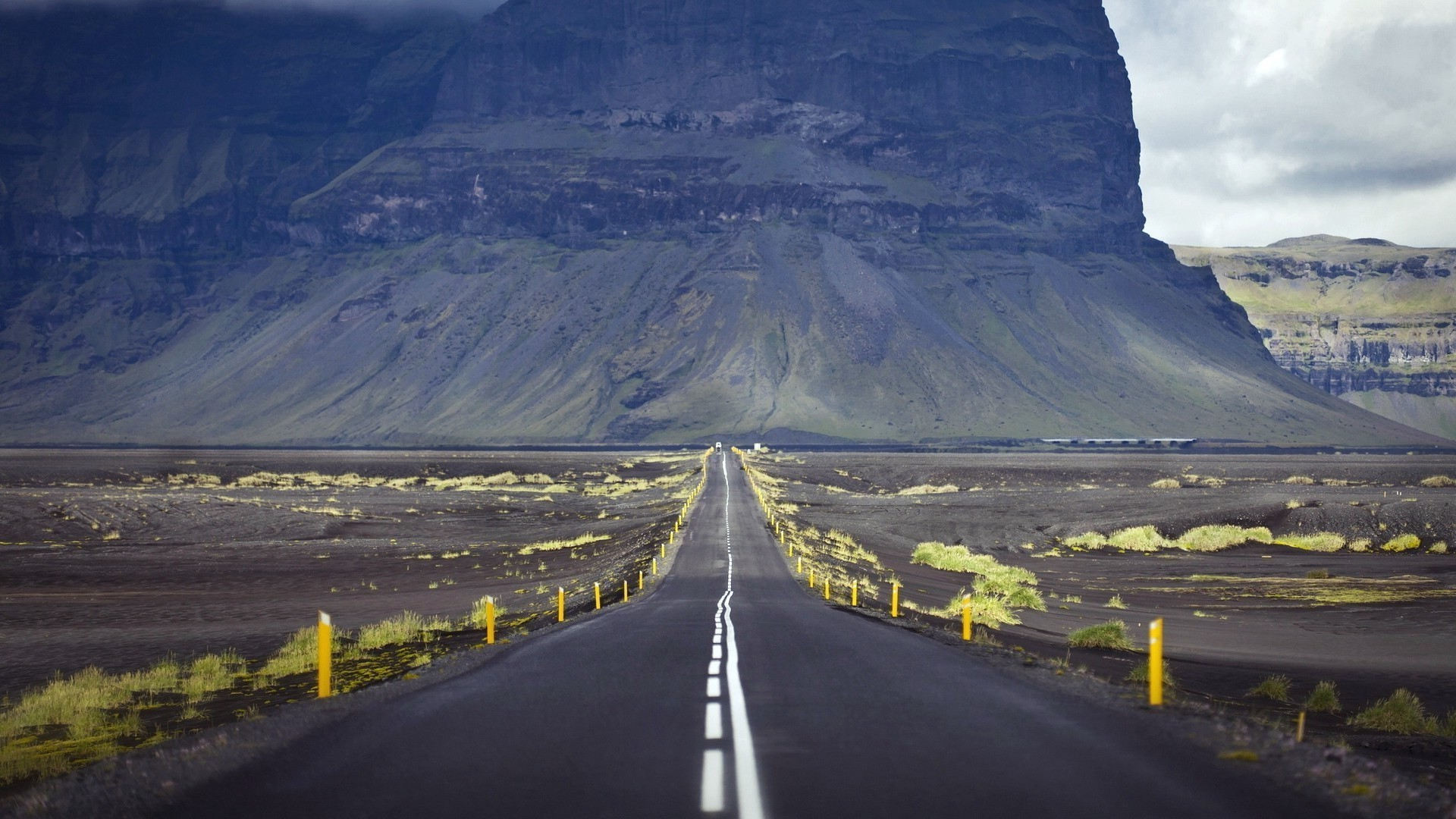 road, Alone, Mountains, Photography, Landscape, Yellow, Iceland Wallpapers  HD / Desktop and Mobile Backgrounds