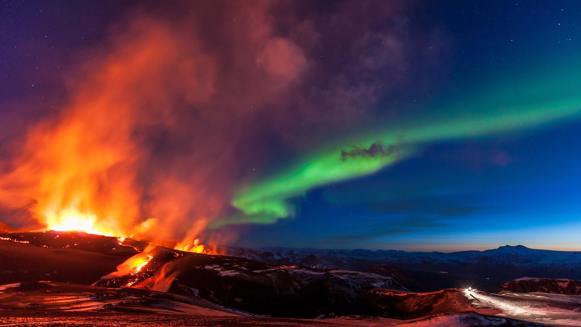 Desktop Images of Iceland Volcano: 10.04.15 by Jolyn Dyess