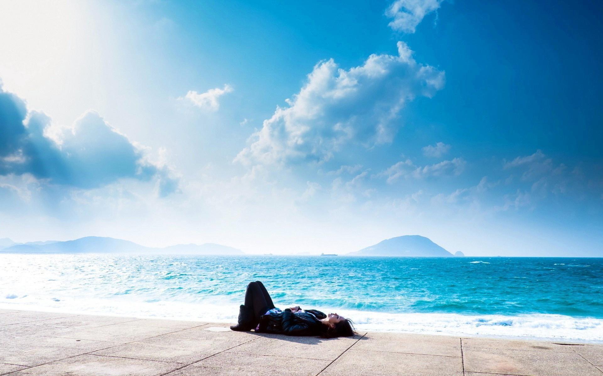 Relaxing At Dream Ocean