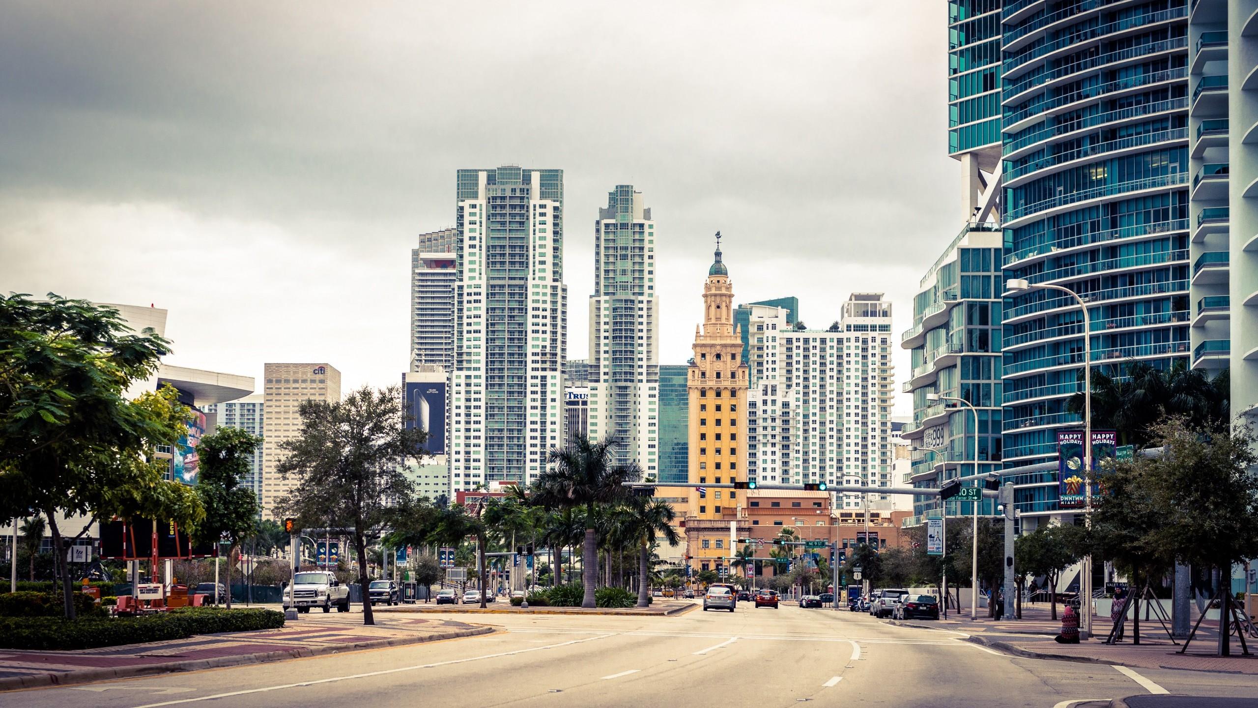 Wallpaper miami, florida, usa, skyscraper, street