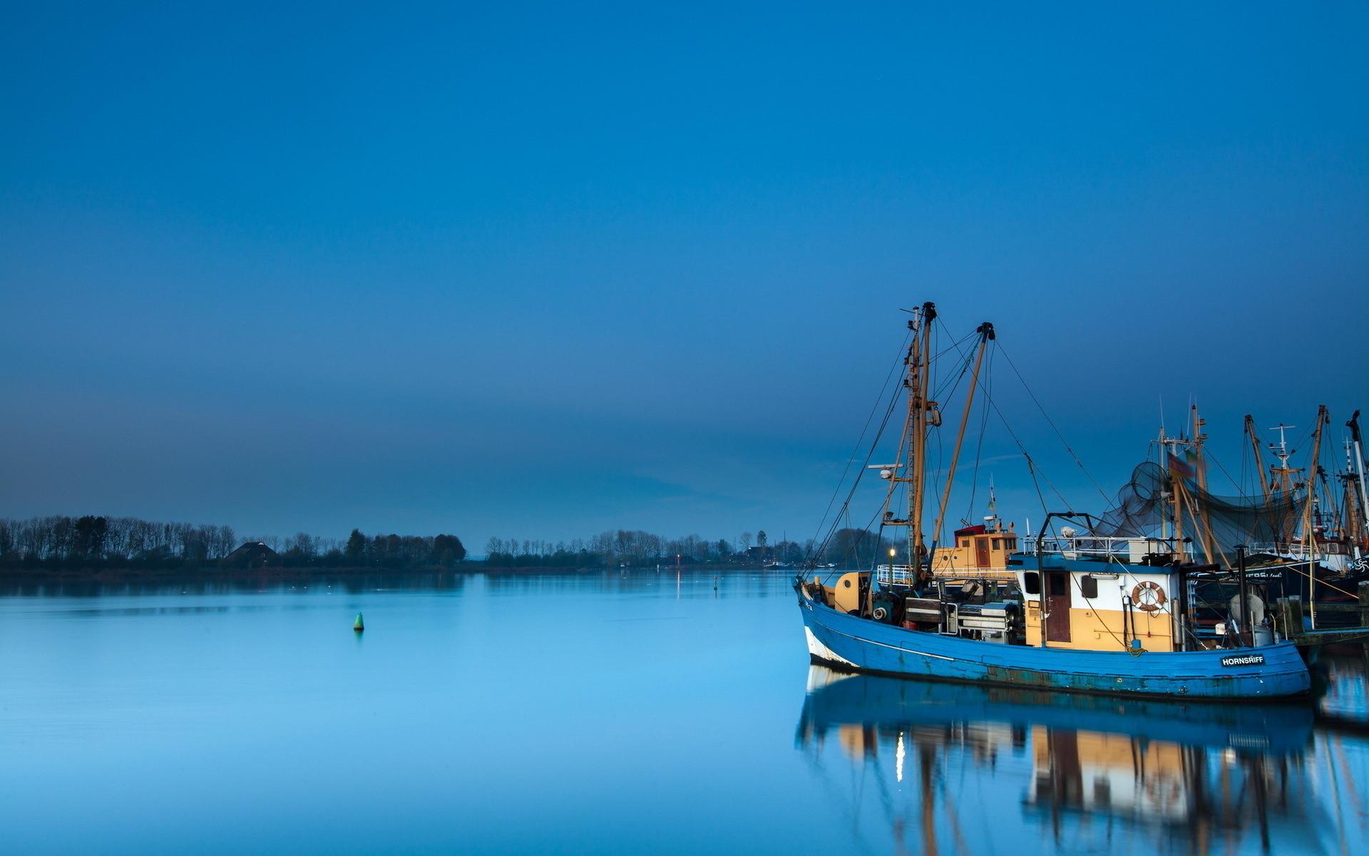 bass fishing boat wallpaper » Wallppapers Gallery