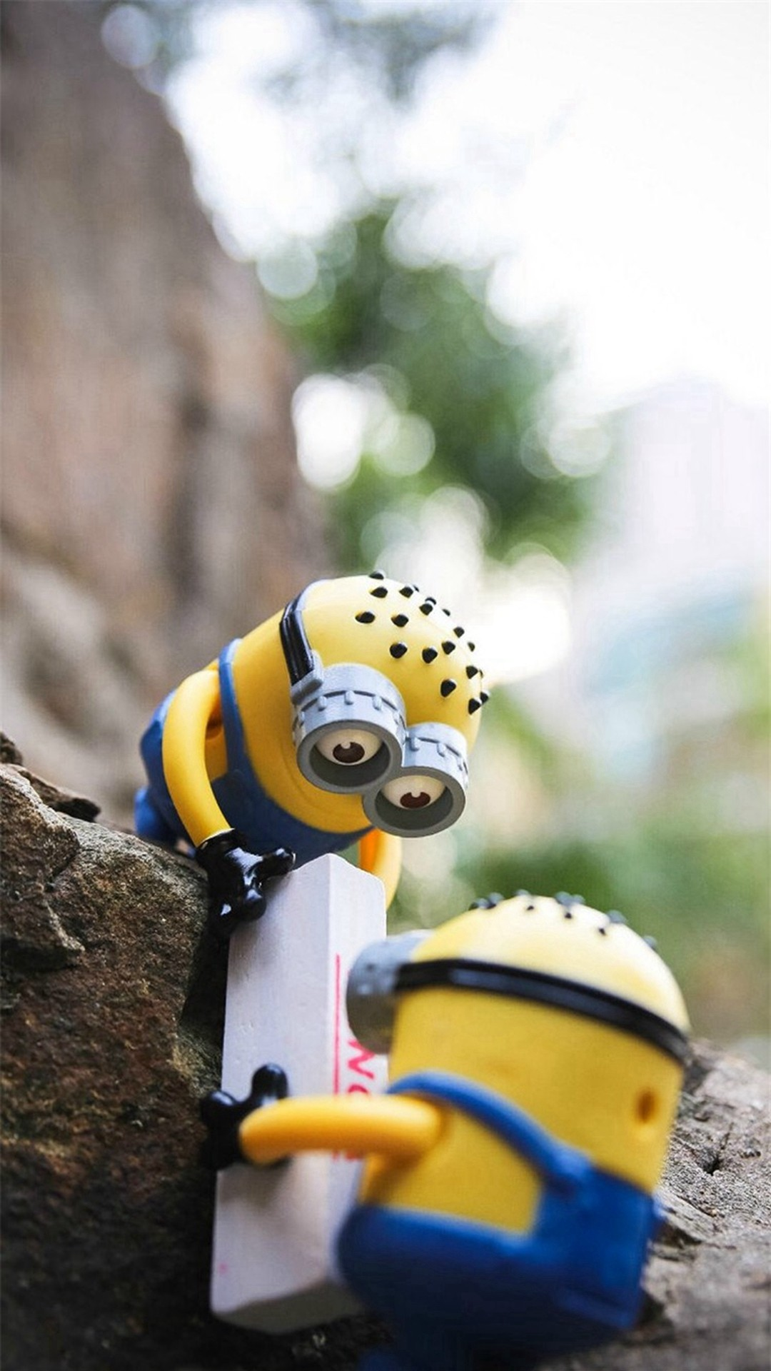Cute Lovely Minion Toy #iPhone #6 #wallpaper