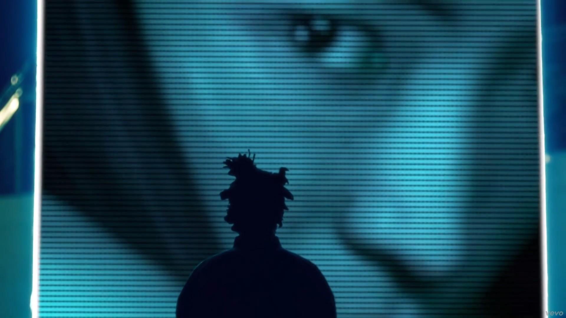 … https://www.fubiz.net/wp-content/uploads/2013/07/The-Weeknd-Belong-To-The -World8.jpg