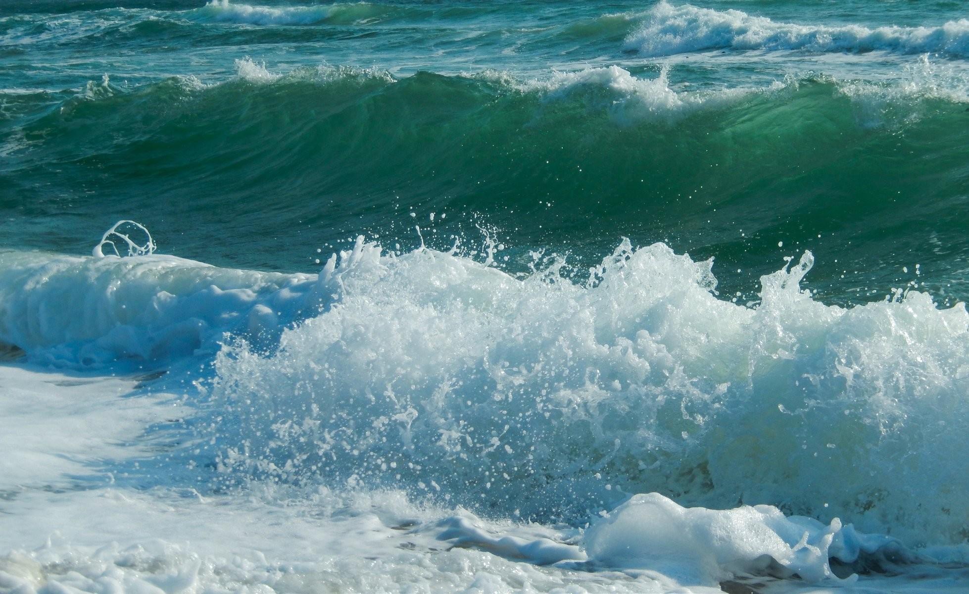 sea waves sea widescreen full screen widescreen hd wallpapers background  wallpaper widescreen fullscreen widescreen desktop wallpaper