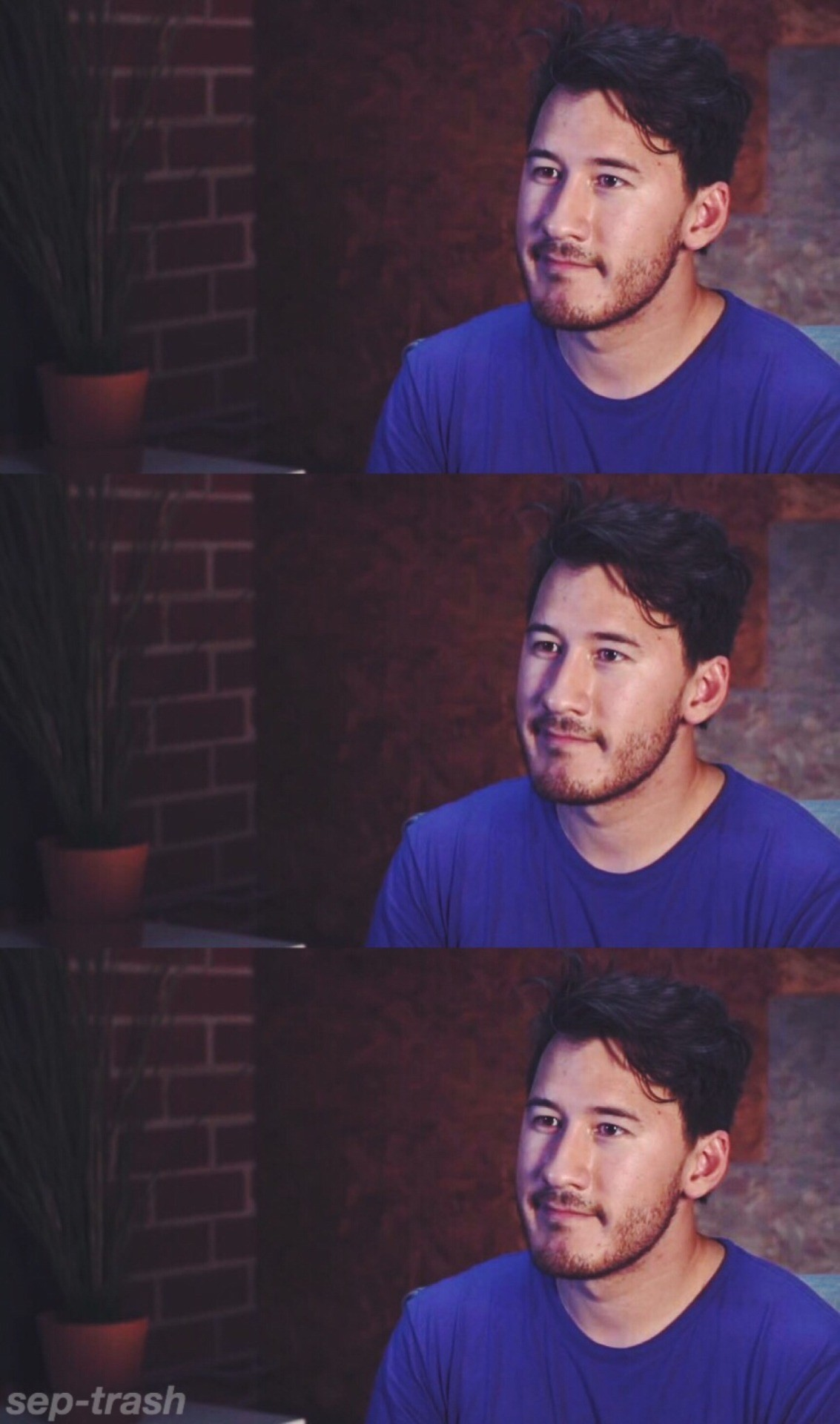 a little markimoo wallpaper i made in theater today! :0 totally tell me if